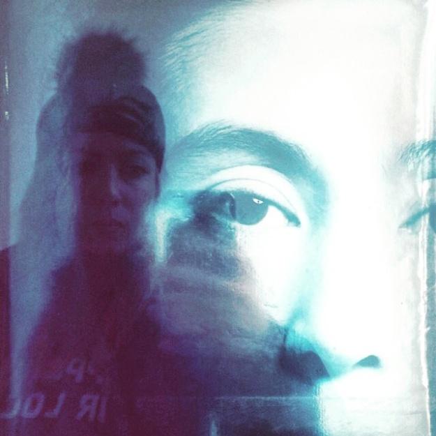 nyc yoko selfie