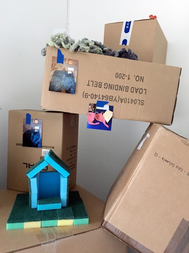 2016 08 box install close